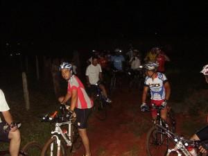 28 bikers em mais um pedal noturno