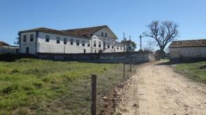 Fazenda Traituba -  teve a sua origem entre os anos de 1826 e 1831 e serviu para hospedar o Imperador D. Pedro I