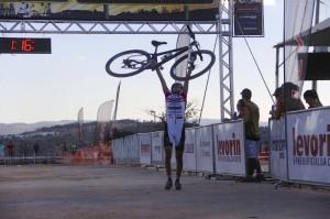 A emocionante vitória de Raiza na etapa de Divinópolis da CIMTB.