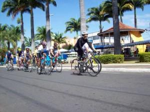 Ciclistas, Coreto Municipal e Palacio Dona Filomena