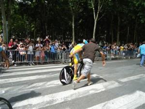 Futuro tri-campeão, Alberto Contador, primo do Heber Contador