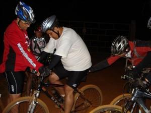 Bike fit no João Pivodrip feito por Euler e Carlos Campos