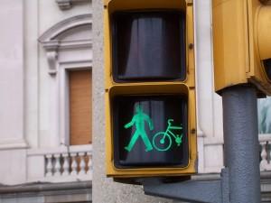 Pedalar com segurança no trânsito